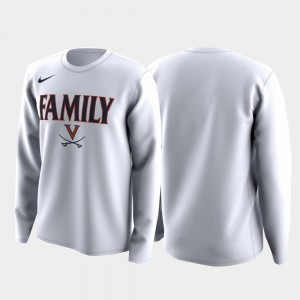 Cavaliers T-Shirt Family on Court March Madness Legend Basketball Long Sleeve White Men's
